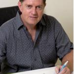 Artist Gordon Hanley becomes a Living Master